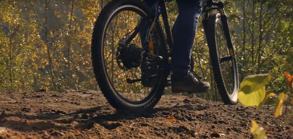 Электровелосипед: работа от батареи и от педалей